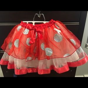 Disney Minnie Mouse skirt, NWT. Size 7/8.